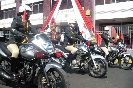 Razones para admirar un Policía PNP
