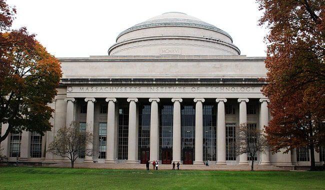 MIT 150 años perumira