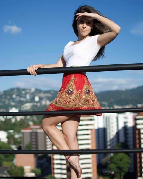 Alexandra Purewal - Perumira