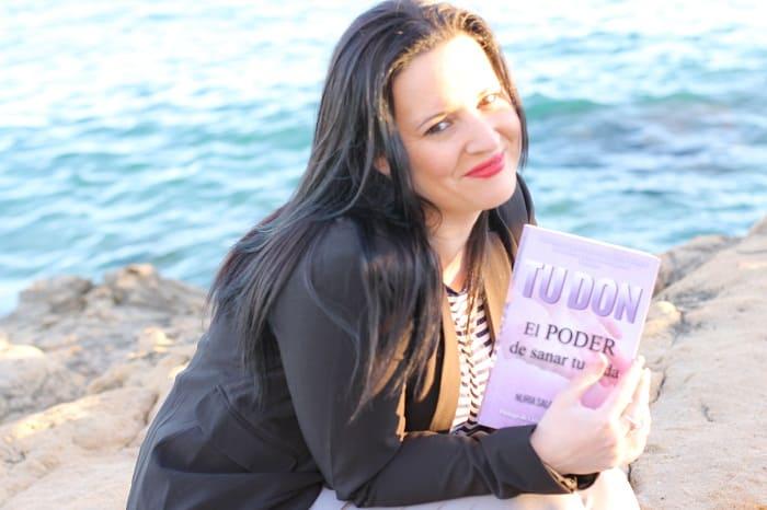 Nuria Sala Bergillos - Escritora Española