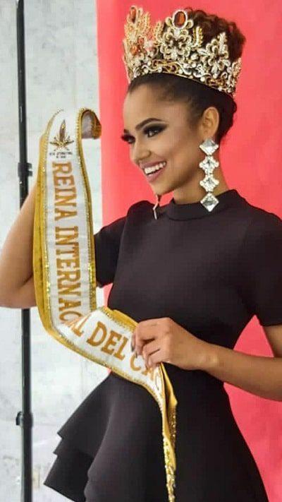 Amanda Macedo Costa - Modelo - Reina Internacional Cacao