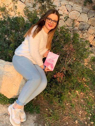 Lara Pastor - Escritora